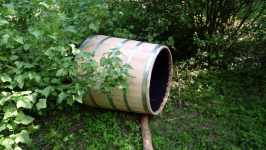 Dřevěná bečka na vodu, červen 2008