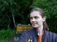 Včelař začátečník a včelí úly, srpen 2009