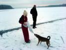 Zdeněk Tesař a Anetka Karpíšková a fenka Agnes na ledu